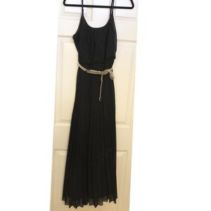 Signature by Robbie Bee black maxi dress size 10P